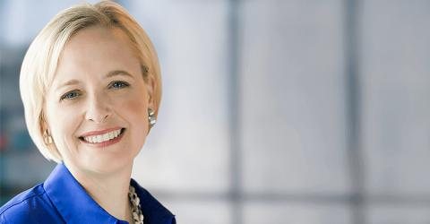 Julie Sweet, nueva CEO global de Accenture