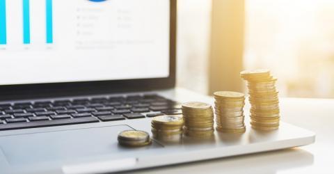 Costes ocultos de aseguradoras: las empresas están obligadas a informar de todo al usuario