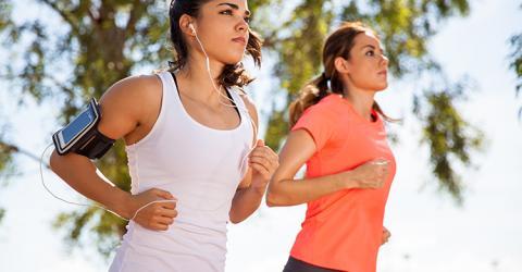 La brecha de género en el deporte entre los jóvenes revela barreras de autoexigencia y una sesgada oferta deportiva