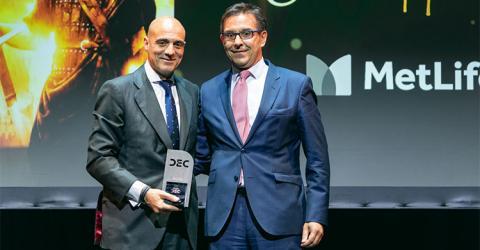 Óscar Herencia (METLIFE), mejor Directivo del año en Experiencia de Cliente