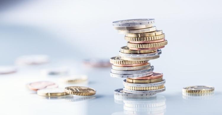 El salario medio en finanzas y seguros no deja de crecer desde 2008