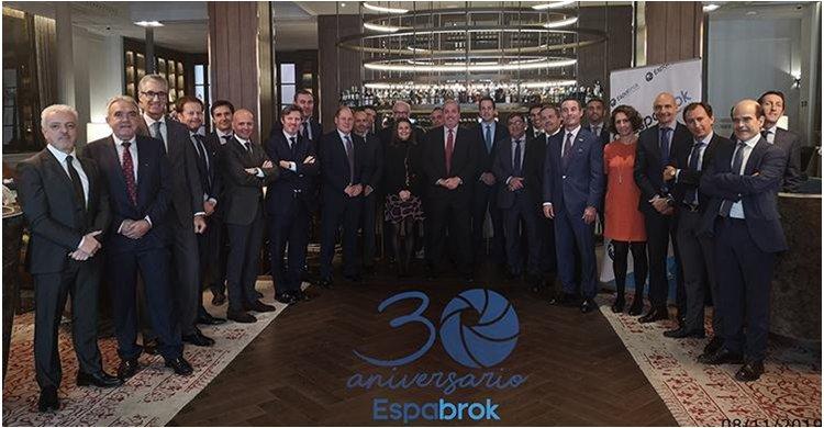 ESPABROK celebra junto a directivos de aseguradoras sus 30 años en el sector