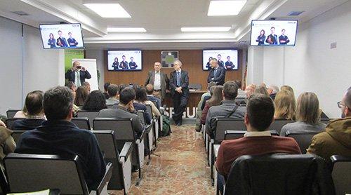 AMA Vida firma con el Colegio Profesional de Protésicos Dentales de Aragón la póliza colectiva de Vida.