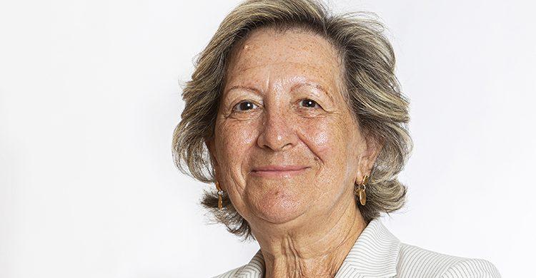 Pilar González de Frutos recibe el Premio Especial de la Diputación de Segovia